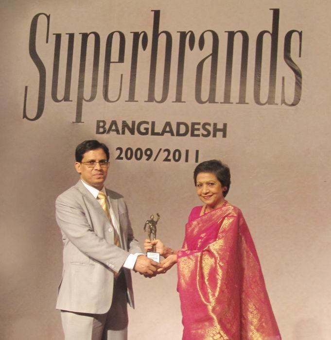 Shinepukur Ceramics receives 'Superbrands' award
